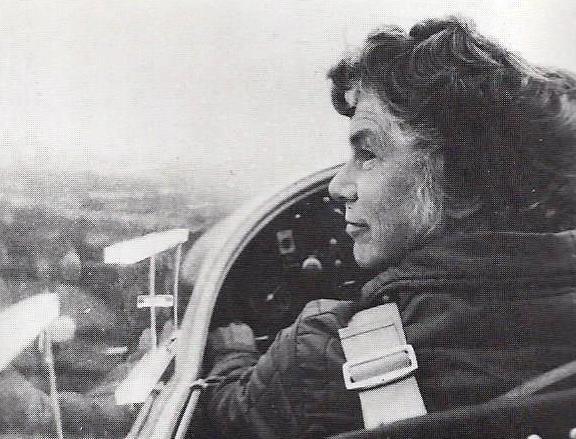 Ann Welch, Post-War Gliding