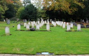 St Luke's War Graves
