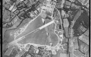 Historic England aerial photograph 7 Aug 1944 3109