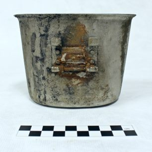 Rusting US Canister