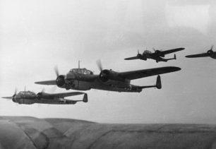 Bundesarchiv Bild 101I-342-0603-25, Belgien-Frankreich, Flugzeuge Dornier Do 17 | Bundesarchiv