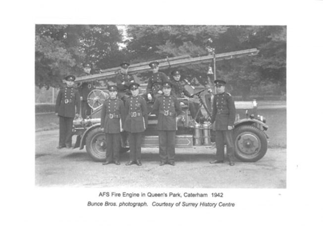 AFS Fire Engine in Queen's Park, Caterham 1942 | The Bourne Society