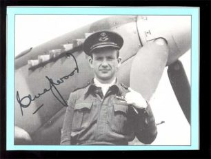 Image of Squadron Leader Charles Magwood commander of 421 Squadron in front of a Spitfire | Image used with kind permission of The Canadian Fighter Pilot and Air Gunner Museum