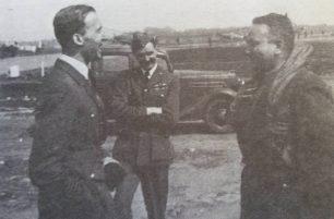 Squadron leader John Peel, the commandant of RAF Kenley, together with major pilot Piotr Łaguna, No. 302 Polish Fighter Squadron leader
