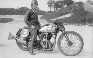 Beatrice Shilling - Revolutionising the Spitfire