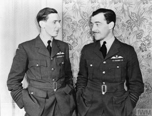 Image of Wing Commander J A Kent (on left of picture) talking with Wing Commander N W Zimmerman |  © IWM. Original Source: https://www.iwm.org.uk/collections/item/object/205207977