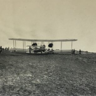 Hirohito's visit to Kenley - a  Vickers Vimy. 16/5/21 written on reverse.  | Roger Packham