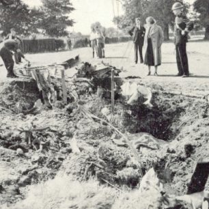 The crash site of Messerschmitt Bf 110C-4, Werke/Nr.2146, on 6/9/1940.