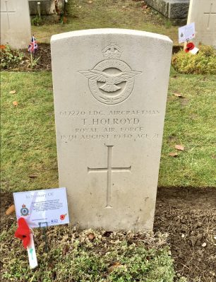 The grave of Thomas Holroyd in Airmen's Corner, St. Luke's, Whyteleafe.  | Linda Duffield