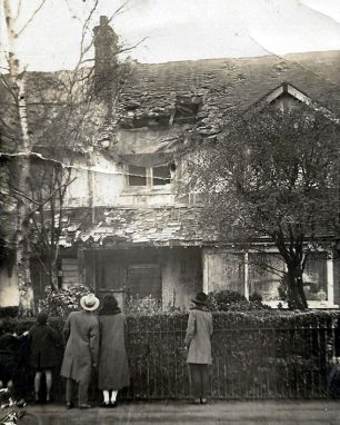 The damage to houses in Ross Rd, Wallington.  | Airport of Croydon website