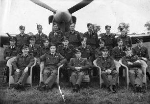 Flight Lieutenant Patrick O'Leary. Front row, second left.  | Pierre Lagace
