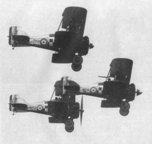 A trio of 43 Squadron Gloster Gamecocks at the Hampshire Air Pageant on 31/5/28. The aircraft bottom left is J8415, which Sgt. Freeman baled out of on 1/3/1929, while it was with 23 Squadron.  | 'Aeroplane' magazine