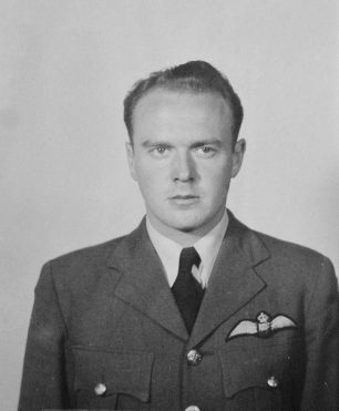 Flying Officer Denison | Canadian Virtual War Memorial
