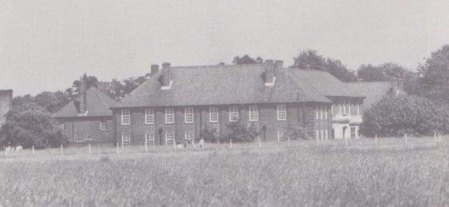 Kenley Officers' Mess in the 1980s.  | Unknown