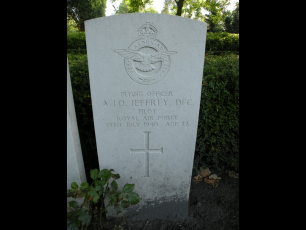 The grave of Flying Officer Jeffrey, in Flushing Northern Cemetery, Zeeland, Netherlands.  | Battle of Britain Monument.