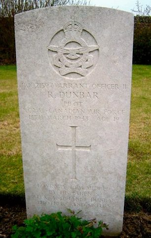 The grave of Warrant Officer Ronald Dunbar in Blargies Communal Cemetery Extension.  | Operation Picture Me