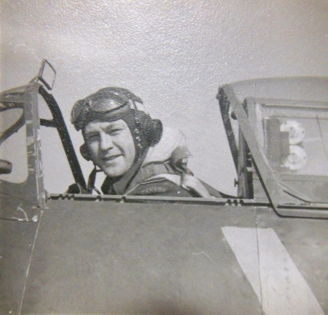 September 1942 - Flight Lieutenant Grant in the cockpit of Spitfire IX, BS317, YO-K, prior to his first operational sortie with 401 Squadron.  | Francois Oxeant