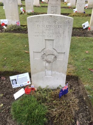 The grave of W/O David Russell in St. Luke's churchyard, Whyteleafe. | Linda Duffield