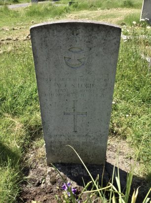 The grave of AC2 Ford in Morden Cemetery. | Linda Duffield