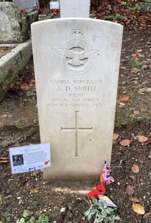 The grave of Sgt. Arthur Dumbell Smith in St. Luke's  churchyard, Whyteleafe. | Linda Duffield