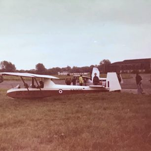 Gliding at Kenley on 16/6/77. | Philip John Wickwar