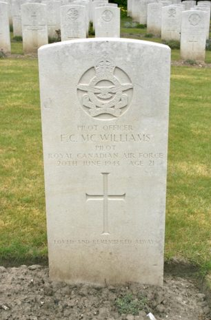 The grave of P/O Frank Cooper McWilliams in Etaples Military Cemetery.