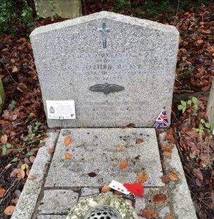 The grave of Noel Arthur Ireland in St. Luke's, Whyteleafe.  | Linda Duffield
