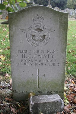 The grave of F/Lt. Calvey in St. Mary's churchyard, Henlow.  | Julia and Keld.
