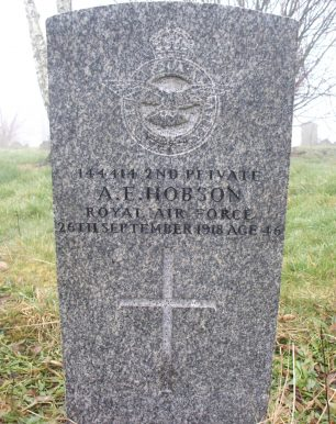 The grave of Private 2nd Class Hobson in Burngreave Cemetery.  | Stephen Farnell