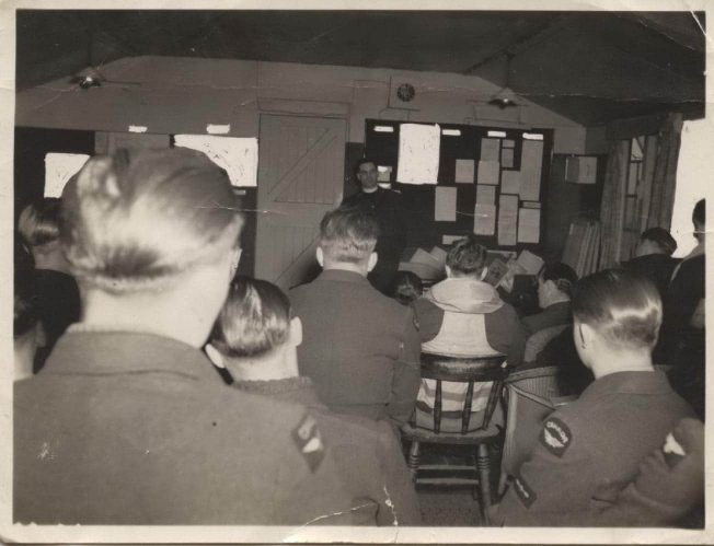 Church Service for 403 Squadron at Kenley, 21/3/1943 | Robert Brookes Collection