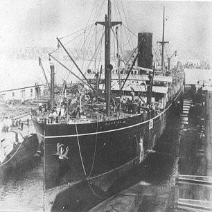 S.S. Berrima under construction in 1913.