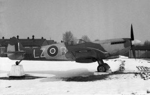 Kenley's Gate Guardian - Spitfire LF Mk.XVIe RR263