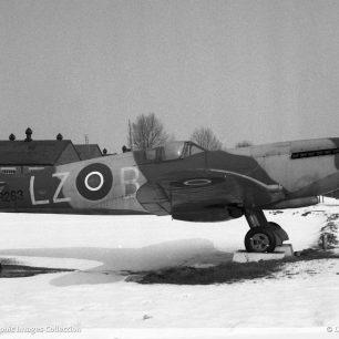 Spitfire RR263 at RAF Kenley, 1963 | Dave Welch