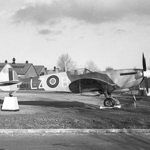 Spitfire LF Mk.XVIe, RR263. | Bill Fisher