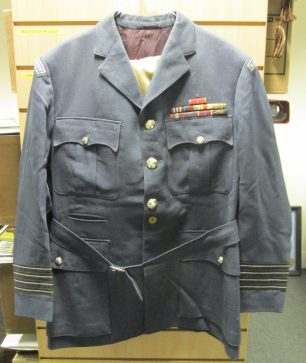 D. G. Roberts tunic with rank insignia of Group Captain | RAF Heritage Centre