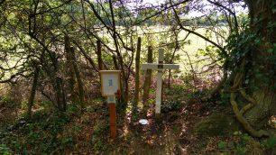 The memorial near P/O Clifton's crash site In Grave Lane, Staplehurst.  | © Daphne Clifton