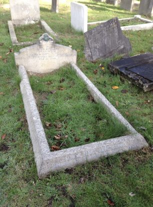 The grave of F/O Harold Oliver Prout in Mitcham  Rd Cemetery.  | Linda Duffield