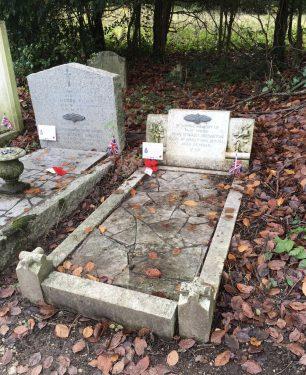 The grave of P/O John Edward Shrimpton in St. Luke's churchyard, Whyteleafe.  | Linda Duffield