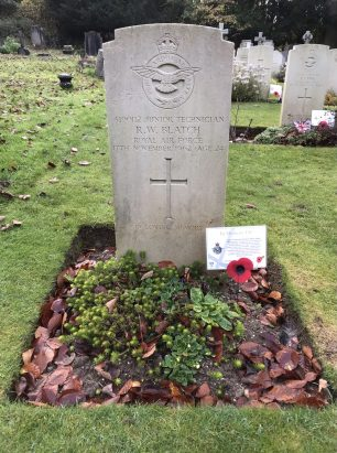The grave of Junior Technician Richard William Blatch in St. Luke's, Whyteleafe. Remembrance 2020.  | Linda Duffield