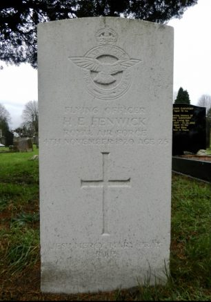 The grave of F/O Horace Edgar Fenwick in St. Albans (Hatfield Rd) Cemetery. | Julia and Keld
