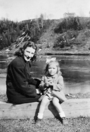 Doris and her daughter, Anne, in Canada.  | Melynda Jarratt