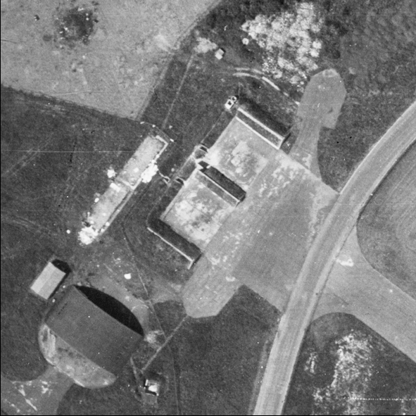 Blast Pen 10 from an Aerial Photograph of the Airfield from May 1947   Historic England