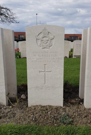 The grave of F/O Eccleton in Dunkirk Town Cemetery.  | DCB on Findagrave
