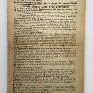 'If Hitler Uses Blister Gas', leaflet - 1942. (Overleaf) | Robin Grainger