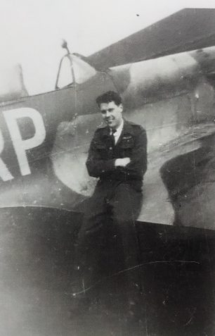 Horace with a Spitfire. | ©️Terry Horne