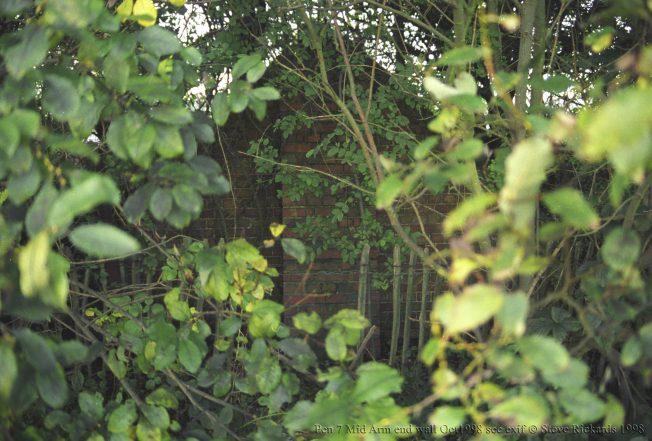 Blast Pen 7 Centre Arm End Brickwork from October 1998.   Steve Rickards