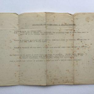 Anderson Shelter Leaflet - February, 1939 (Supplementary sheet on bunks)   Robin Grainger