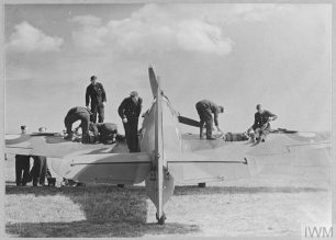 37 ENEMY AIRCRAFT SHOT DOWN BY ONE SQUADRON IN A DAY (CH 191) Original wartime caption: During a subsequent patrol the 'Defiants' accompanied by 'Hurricane' aircraft shot down a further 12 enemy aircraft and damaged three others. One of the 'Hurricanes' is here seen being re-armed immediately on its return ready for yet another patrol. Believed to be RAF Manston | Copyright: © IWM. Original Source: https://www.iwm.org.uk/collections/item/object/205442051